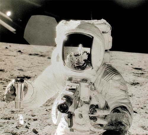 Камера в космосе